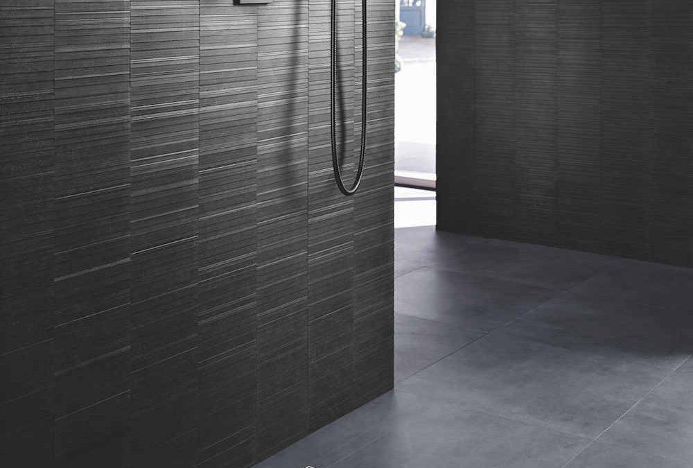 Weg met die lelijke goot in de douche